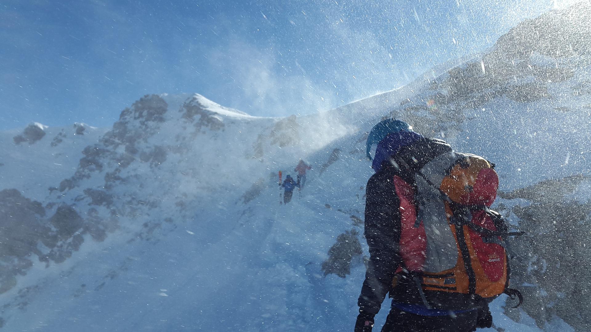 Image Trek en haute montagne, comment soulager les traumatismes